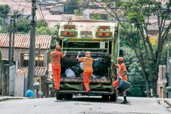Lixo acumulo-Mairinque